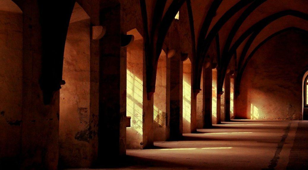 La cité médiéval Domfront vous tend les bras !